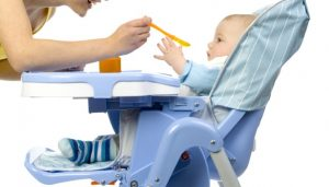chaise de bébé facile à utiliser
